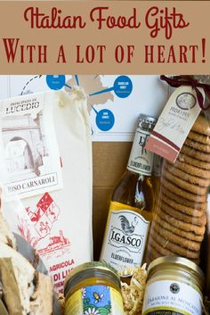 Looking for a last minute gift for Christmas? This Italian food package comes with a difference. Christmas In Italy, Christmas Gifts, Italian Christmas Traditions, Last Minute Gifts, Food Packaging, Hostess Gifts, Italian Recipes, Venice, Special Gifts