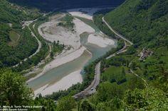 Il fiume Piave dal borgo feltrino di Croci http://www.edizionidbs.it/shop/guide-e-itinerari/lago_vedana_canal_mis_guida_sospirolo_monti-del-sole/  #Feltre #Piave #feltrino #EdizioniDBS #guida #libri