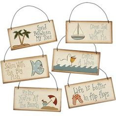 I love expressive beach signs with sayings and quotes, see here and here, and I also feature lots of them on my Facebook page. So I adore these beach sign ornaments with sayings, spelling out what's l