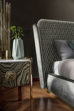 Letto moderno Janet by Opera Contemporary Italian Furniture Design, Italian Interior Design, Top Interior Designers, Modern Luxury Bedroom, Luxury Bedroom Design, Luxurious Bedrooms, Room Design Bedroom, Master Bedroom, Bed Furniture