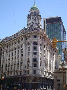 Edificio banco argentino uruguayo