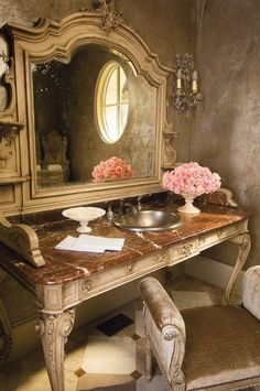 don't think I've ever seen a bathroom quite like this before, its looks like its cross between a dressing table and vanity unit