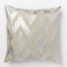 Metallic Chevron Pillow Cover – Silver Would be cute to make this! Mark off the outline of your pattern. Using spray adhesive, go over the surface of the pillow, pat on silver (or gold leaf), remove tape. My Home Design, Home Interior Design, Modern Pillows, Decorative Pillow Covers, Cushion Covers, Decoration, Chevron Pillow, Design Inspiration, Design Ideas