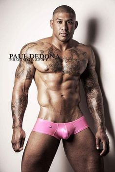 Evidently I had a #pink weekend. #justsaying #muscle #musclemodel #MuscleMonday  #underwear @JoeSnyder_