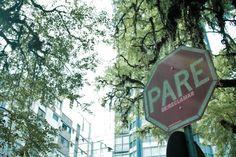 Projeto Pare (2011): Intervenção Urbana nas ruas de Porto Alegre por #ex-alunos da ESPM-Sul.