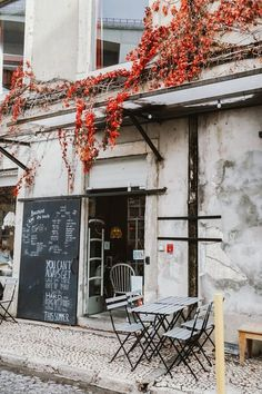 5 Coffee Shops Not to Miss in Lisbon - Bon Traveler Portugal Vacation, Portugal Travel Guide, Portugal Trip, Italy Vacation, Coffee Shop Aesthetic, Travel Aesthetic, Aesthetic Shop, Belem, Lisbon Portugal
