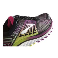Step into women's Glycerin 13 running shoe and into new worlds of comfort. We've pushed the limits of our Fit Print technology to create a newly enhanced, seamless upper for streamlined support. Neutral Running Shoes, Brooks Running Shoes, Fleet Feet Sports, Shoe Wall, Chicago Marathon, Great Run, Marathon Training, Sneakers, Technology