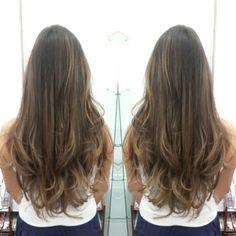 #hair #cabello #sunkissed #besosDeSol #cut #corte #layers #capas #color #wella #hairdresser #hairstylist #estilista #peluquero #Panama #pty507 #pty507 #picoftheday #mirrorphoto #axelsunkissed #axelbesosdesol #axel04 #axelcut