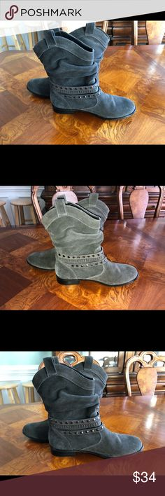 Twiggy London grey leather boots size 8 Twiggy London grey leather boots size 8 super nice twiggy LONDON Shoes Ankle Boots & Booties