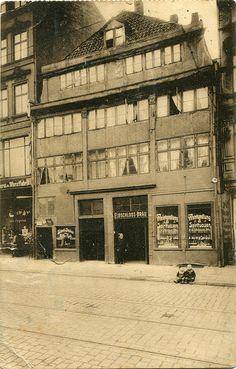 Alt-Hamburg. Steinstraße (c.1938) by pellethepoet, via Flickr