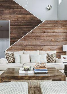 Moderne Wanddeko aus Holz im rustikalen Stil