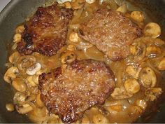 4-6 Cube Steaks 3 Cups Sliced Mushrooms 1 Small Onion, halved and sliced thin (1/2 a Large) Salt Black Pepper Flour 2 cups Chicken Stock...