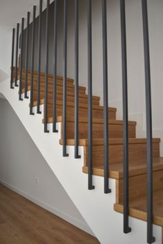 Modern Staircase Design Ideas - Surf inspirational images of modern staircases. With treads and rails crafted from wood metal concrete rock and glass these creative staircase designs . Modern Stair Railing, Stair Railing Design, Staircase Railings, Modern Stairs, Staircase Ideas, Glass Railing, Design Of Staircase, Banisters, Staircases