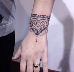 Ornamental Bracelet Tattoo by Wiloo