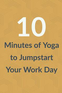 Photos and instructions for a quick morning yoga session. Yoga Régénérateur, Ashtanga Yoga, Yoga Flow, Yoga Beginners, 10 Minute Morning Yoga, Restorative Yoga, Types Of Yoga, Yoga For Weight Loss, Yoga Tips