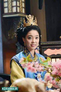 Korean traditional dress - Baekje Period - Queen Korean Traditional Dress, Traditional Dresses, Korean Dress, Beautiful Costumes, Dramas, Royals, Period, Daughter, King