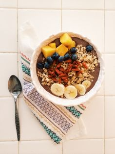Blissful Acai Bowl | Simply Kaylyn