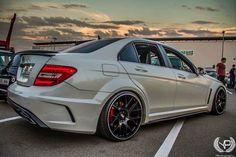 Mercedes Benz E63 Amg, Mercedes C63 Amg, C 63 Amg, Car Volkswagen, Mitsubishi Lancer Evolution, Bmw Cars, Luxury Cars, Dream Cars, Car Game