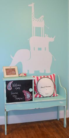 Wall decors are cute and easy to install. #nursery #walldecor