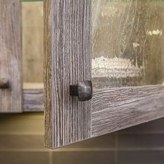 porte d 39 armoire de cuisine en m lamine egger avec poign e. Black Bedroom Furniture Sets. Home Design Ideas