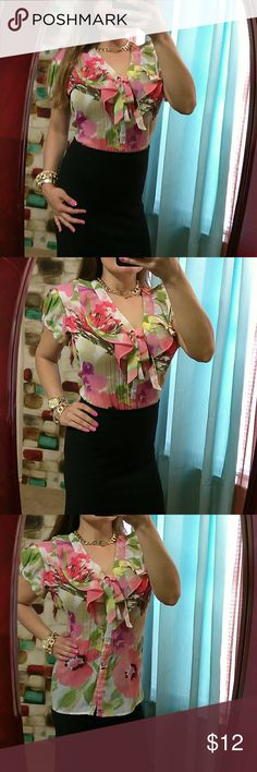 """*25% off3* Exquisite Floral Button Up Blouse Excellent condition-100% polyester- Bust: 24"""" (relax) length: 24.5"""" (shoulder to bottom of hem) Neck tie- button up- thin & light- TOP is ADJUSTED to fit model...tag with size Faded off...This fits like a Medium/Large.. East 5th Tops Blouses"""