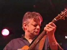 Tommy Emmanuel - Initiation A gift from my favorite Aussie!  RzL