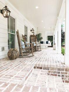 Exterior Tour — The Porche Place, Before & After Home Renovation of a split level ranch- Fixer Upper! Front Porch Chairs, Rocking Chair Front Porch, Porch Table, Brick Porch, Front Porch Swings, Farmhouse Front Porches, Modern Farmhouse Exterior, Farmhouse Style, Farmhouse Decor