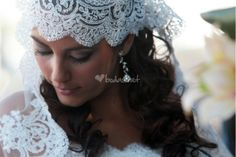 Detalle del velo de novia. Foto de Javier Fergó Photography - http://www.bodas.net/fotografos/javier-fergo-photography--e34347/fotos/4