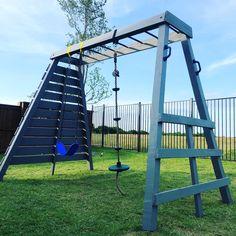 Monkey bars with swing set and rock climbing wall Backyard Swing Sets, Kids Backyard Playground, Diy Swing, Backyard For Kids, Swing Sets Diy, Small Swing Sets, Backyard Jungle Gym, Kids Outdoor Play, Outdoor Play Areas
