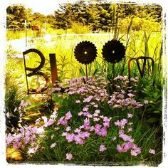 BLOOM garden metal yard art recycle reuse repurpose Gold'n Country Gifts llc