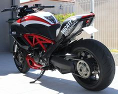 Some good looking bikes there. Moto Ducati, Ducati Motorcycles, Ducati Diavel, Sportbikes, Custom Bikes, Vehicles, Pictures, Gallery, Image