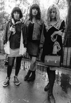 Kat bjelland (far right) from Babes in Toyland
