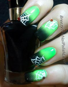 50 Beautiful and Unique Green Nail Art Designs Ideas Love Nails, Pretty Nails, Fun Nails, Halloween Nail Designs, Halloween Nail Art, Spooky Halloween, Halloween Fashion, Green Nail Art, Green Nails