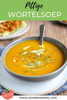 A delicious, warm soup for a winter& day. Tasty with . Easy Cabbage Soup, Cabbage Soup Recipes, Easy Healthy Recipes, Veggie Recipes, Vegetarian Recipes, Healthy Food, Spicy Carrots, Vegan Stew, Carrot Soup