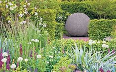 ... years Telegraph garden. His 2008 Chelsea garden, show above, won gold
