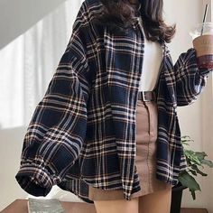 Outfit Style Mode Frauen Damenmode feminine Mode f Source by stellagoona moda Retro Outfits, Cute Casual Outfits, Mode Outfits, Fall Outfits, Dress Outfits, Plaid Shirt Outfits, Cute Vintage Outfits, Cool Outfits For Girls, Outfits For Going Out