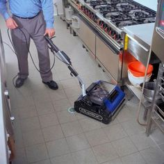 Floor Cleaning, Kitchen Cleaning, Steam Cleaning Machine, Restaurant Cleaning, Cleaning Equipment, Commercial Kitchen, Cleaning Solutions, Food Storage, Hospitality