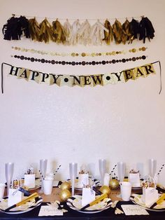 New Year's Eve party box package - I always stress out about my party decor, but this would make NYE party planning easy! I love the gold and black banner #affiliatelink #NYE #partydecor #newyearsparty #newyearseve #golddecor #glamparty #oybpinners #commissionlink