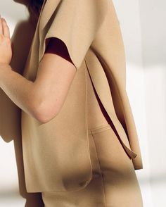 All beige everything in Won Hundred #wonhundred #beige #style #thedreslyn