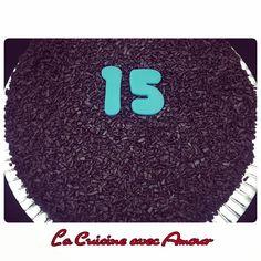 """19 curtidas, 1 comentários - La Cuisine avec Amour (@isabellebgomes) no Instagram: """"Produção de hoje: Bolo Brigadeiro personalizado para o aniversário de 15 anos da Isabella!…"""""""