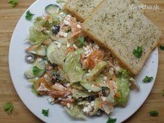 Dobrota pre milovníkov olív : cottage cheese so zeleninou a zelenými aj čiernymi olivami :O) Sandwiches, Cottage, Food, Cottages, Essen, Meals, Paninis, Cabin, Yemek