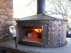 Steel pizza oven made from an old propane tank