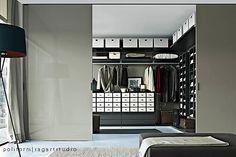 poliform close closet.