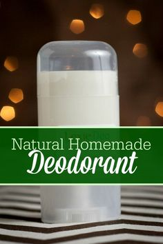 Conventional deodorant contains aluminum. Learn how to make your own natural, aluminum-free homemade deodorant with this frugal recipe! Homemade Natural Deodorant, Homemade Skin Care, Homemade Beauty Products, Lush Products, Natural Products, Deodorant Recipes, Diy Deodorant, Diy Beauté, Do It Yourself Fashion