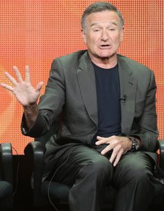 10 funniest lines Robin Williams said while promoting his new show