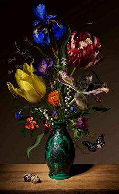 Bas Meeuws - contemporary Dutch flower still life photography Still Life Flowers, Love Flowers, Beautiful Flowers, Holland Flowers, Art Floral, Still Life Photography, Fine Art Photography, Dutch Still Life, 17th Century Art