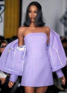 Look Fashion, High Fashion, Fashion Show, Fashion 2020, French Fashion, Crazy Runway Fashion, Paris Fashion, Womens Fashion, Runway Fashion Outfits