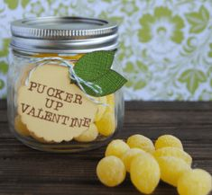 Pucker up, Valentine! This bright and cheerful Valentine mason jar gift is filled with lemon drop candy and tied with an adorable handmade lemon tag! Handmade Valentine Gifts, Homemade Valentines, Valentines Day Treats, Valentines Day Decorations, Valentine Day Crafts, Valentine Ideas, Valentines Recipes, Funny Valentine, Holiday Decorations