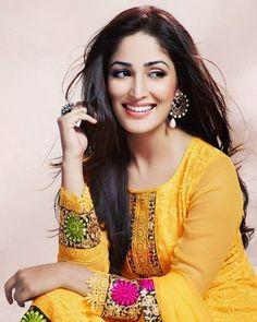 Media Tweets by Yami Gautam FC (@yamigautamfc144) | Twitter Indian Film Actress, Beautiful Indian Actress, Beautiful Actresses, Indian Actresses, Beautiful Women, Indian Celebrities, Bollywood Celebrities, Bollywood Actress, Beauty Full Girl