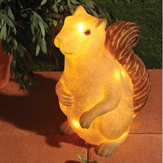 Let those backyard critters know there's a watch guard on duty! This large sandstone Squirrel lamp is approved for indoor or outdoor use. Details: An LED string light is included. Chipmunk Food, Cute Squirrel, Squirrels, Light Of Life, Cool Floor Lamps, Chipmunks, Good Mood, Xmas Gifts, Spirit Animal